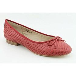 Pour La Victoire Women's Licia Red Casual Shoes