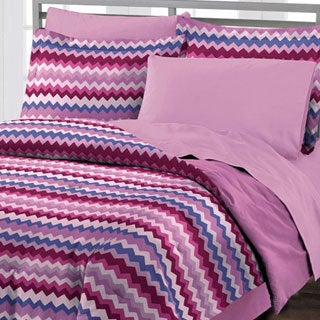 Blackberry Chevron 4-piece Comforter Set with Bedskirt