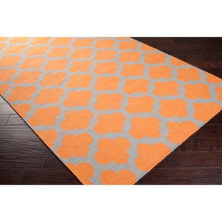 Hand-woven Orange Caroni Wool Rug (5' x 8')