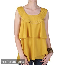 Journee Collection Women's Contemporary Plus Scoop Neck Top