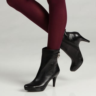 Bandolino Women's Black Leather Ankle Boots