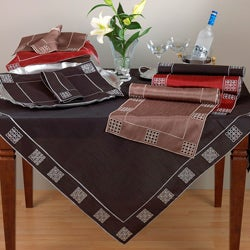 Embroidered and Cutwork Placemat (Set of 4)