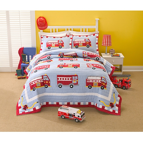 Firetruck Cotton/Polyester Embellished Applique Patchwork 3-piece Quilt Set