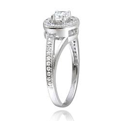 Icz Stonez Sterling Silver Cubic Zirconia Round Engagement Ring (7/8ct TGW)