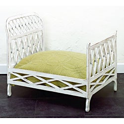 Antique White Criss Cross Pet Bed