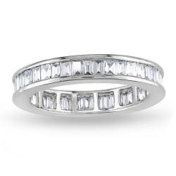 Miadora  18k White Gold 1-1/2ct TDW Baguette Diamond Eternity Ring (G-H, VVS1-VVS2) (Size 6.5)
