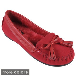 Journee Collection Women's 'Friends-03' Topstitched Tasseled Shoes