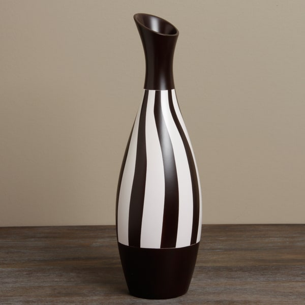 Habitad Black and White Ceramic Vase (Peru)