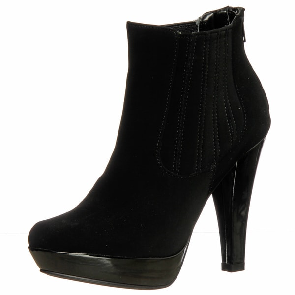Unlisted by Kenneth Cole Women's Black Ankle Booties