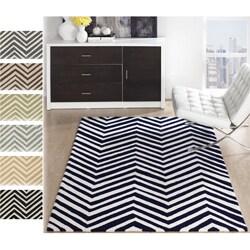 nuLOOM Handmade Alexa Chevron Wool Rug (9'6 x 13'6)