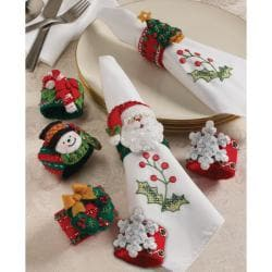 Christmas Napkin Rings Felt Applique Kit-2-1/2