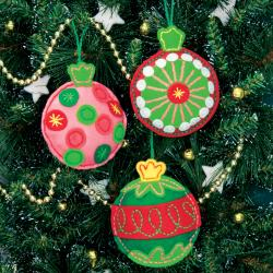 "Simple Cheer Ornaments Felt Applique Kit-4""X4-1/2"" Set Of 3"