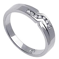 14k White Gold Men's 1/6ct TDW Diamond Wedding Band (G-H, SI1-SI2)