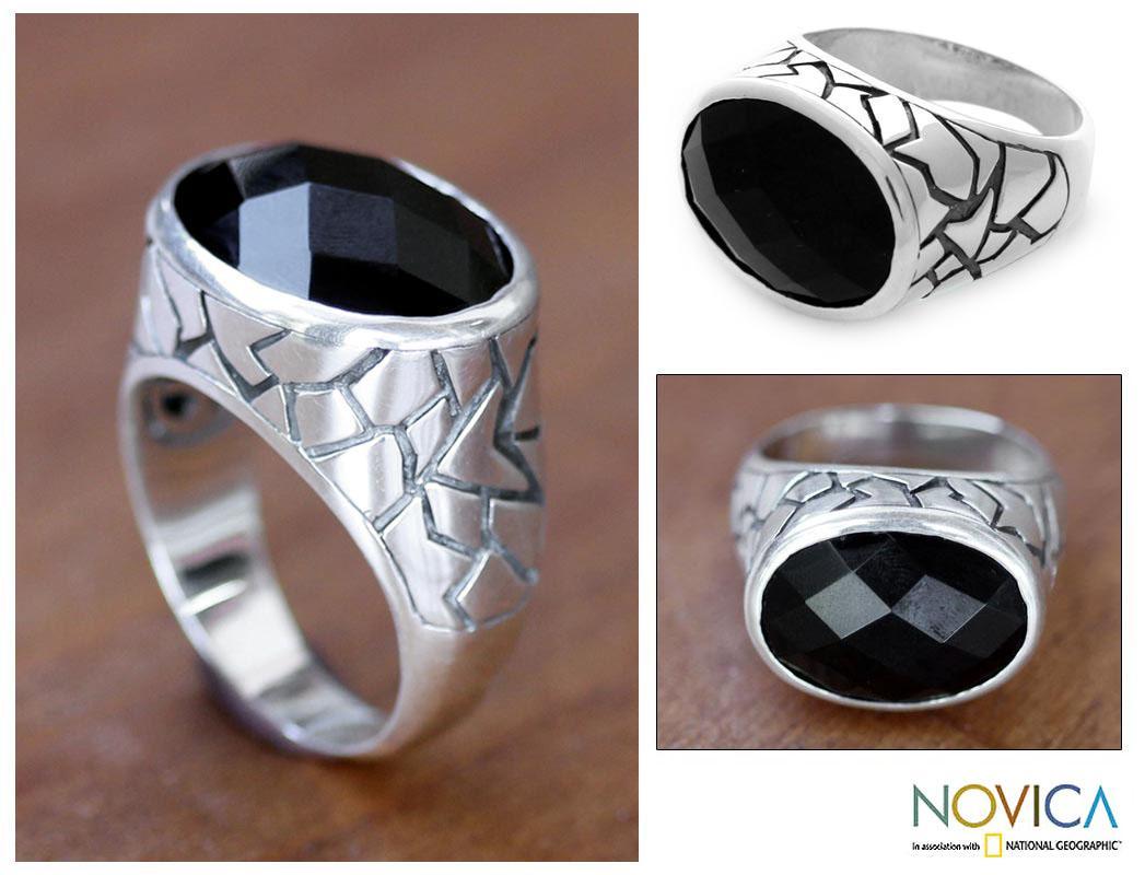 Sterling Silver Men's 'Tabanan Hero' Onyx Ring (Indonesia)
