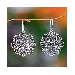 Sterling Silver 'Gardenia Halo' Flower Earrings (Indonesia)