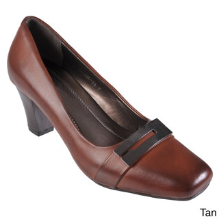 Journee Collection Women's 'CARY-16' Faux Leather Square Toe Pump
