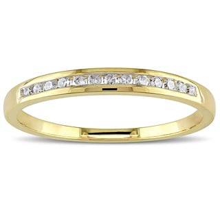 Miadora 10k Yellow or Rose Gold 1/8ct TDW Diamond Wedding Band (H-I, I2-I3)