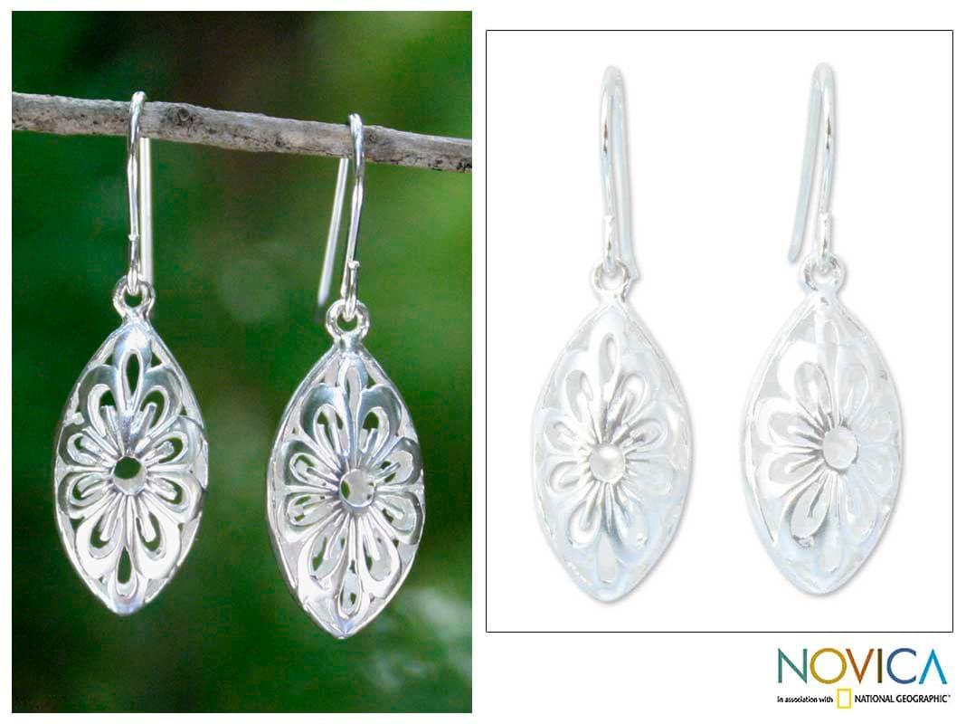 Sterling Silver 'Rice Flower' Earrings (Thailand)