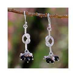 Sterling Silver 'Love Knots' Pearls Onyx Earrings (3.5 mm) (Thailand)