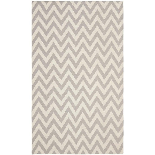 Safavieh Hand-woven Moroccan Reversible Dhurrie Chevron Grey/ Ivory Wool Rug (6' x 9')