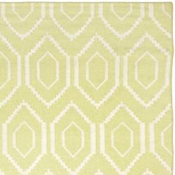 Safavieh Hand-woven Moroccan Dhurrie Green/ Ivory Wool Rug (9' x 12')