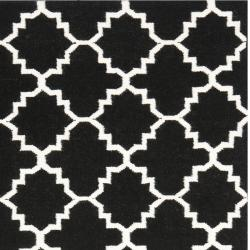 Safavieh Moroccan Reversible Dhurrie Transitional Black/Ivory Wool Rug (6' x 9')
