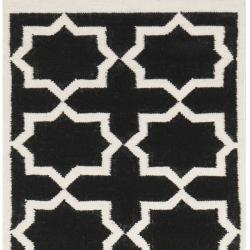 Handwoven Moroccan-Inspired Dhurrie Wool Rug with Black and Ivory Geometric Design (2'6 x 10')