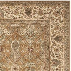 Safavieh Handmade Persian Legend Light Green/ Beige Wool Rug (7'6 x 9'6)