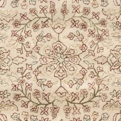 Safavieh Handmade Persian Ivory/ Rust Oriental Wool Rug (7'6 x 9'6)