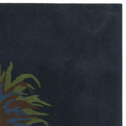 Safavieh Handmade Feathers Blue New Zealand Wool Rug (7'6 Square)
