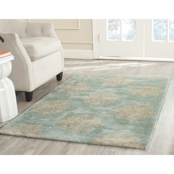 Safavieh Handmade Medallion Turquoise New Zealand Wool Rug (5'x 8')