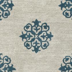 Safavieh Handmade Medallion Silver New Zealand Wool Rug (9'6 x 13'6)