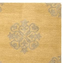 Handmade Medallion Beige New Zealand Wool Rug (7'6 x 9'6)