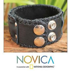 Men's Handcrafted Leather 'Waves' Bracelet (Thailand)