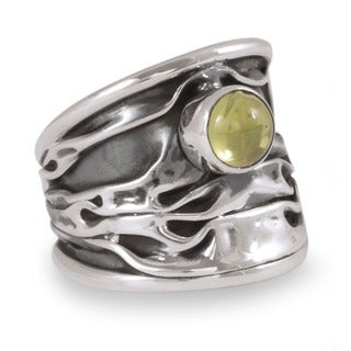 Silver 'Taxco Dawn' Peridot Ring (Mexico)