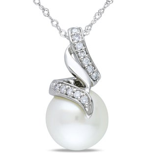 Miadora 14k White Gold South Sea Pearl and 1/10ct TDW Diamond Necklace (G-H, I1-I2)