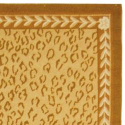 Safavieh Hand-hooked Chelsea Leopard Ivory Wool Rug (3'9 x 5'9)