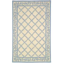Hand-hooked Trellis Ivory/ Light Blue Wool Rug (5'3 x 8'3)