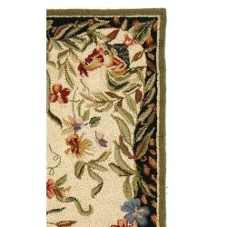 Hand-hooked Rooster and Hen Cream/ Black Wool Rug (2'6 x 10')