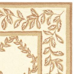 Safavieh Hand-hooked Trellis Ivory/ Beige Wool Rug (2'9 x 4'9)
