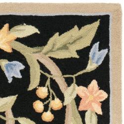 Hand-hooked Garden Scrolls Black Wool Rug (2'9 x 4'9)