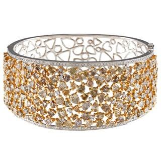 18k Gold 19 1/6ct TDW White and Fancy Mix Diamond Bangle (H-I, SI1)
