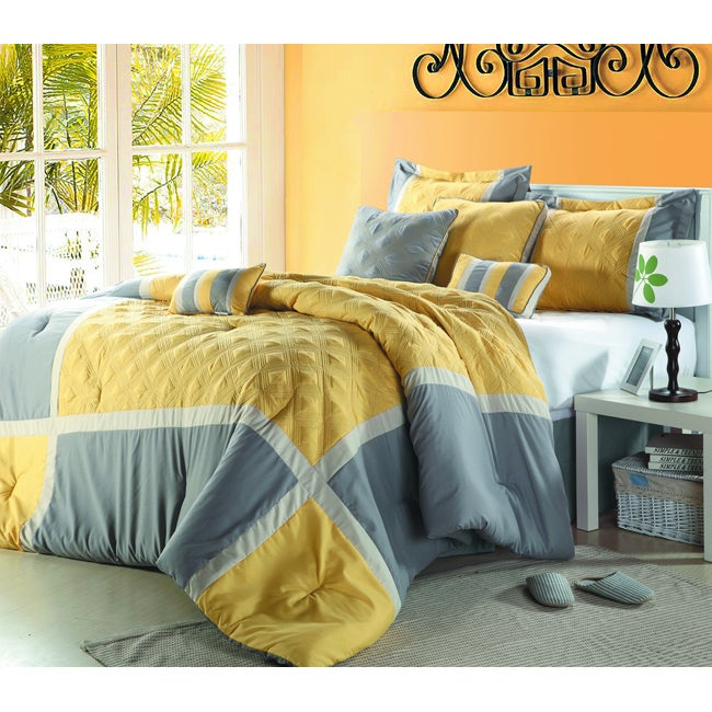 Quincy Yellow/Grey 12-piece Bed in a Bag with Sheet Set