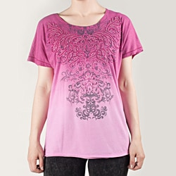 Tabeez Women's Magenta Short Sleeve Stone Scroll Tee