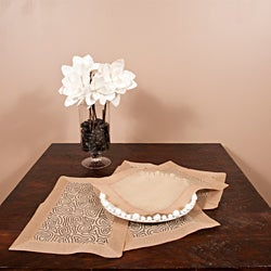 Linea Collection Organdy Placemat / Napkin Set