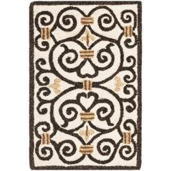 Hand-hooked Chelsea Irongate Ivory Wool Rug (1'8 x 2'6)