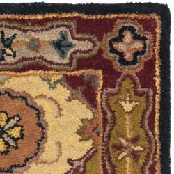 Safavieh Handmade Heritage Bakhtiari Multi/ Red Wool Runner (2'3 x 4')