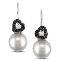 Silver Grey Freshwater Pearl and 1/6ct TDW Diamond Earrings (G-H, I2-I3)