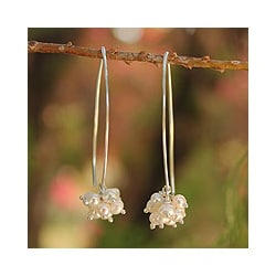 Sterling Silver 'Star of Purity' Pearl Earrings (3 mm) (Thailand)