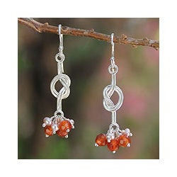 Sterling Silver 'Dancer' Carnelian and Pearl Earrings (3 mm)(Thailand)